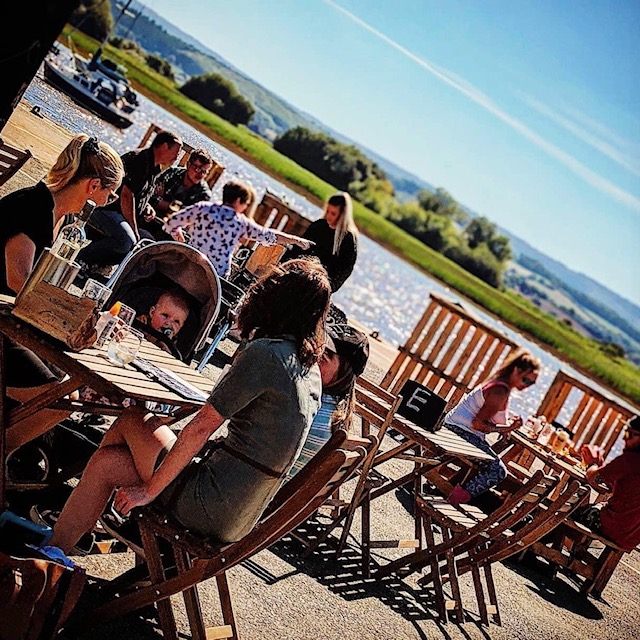 The Student's Guide to Topsham - You can eat by the water